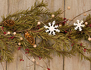 Pine & Snowflakes Garland - 4ft